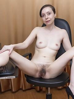 skinny hairy pussy photos