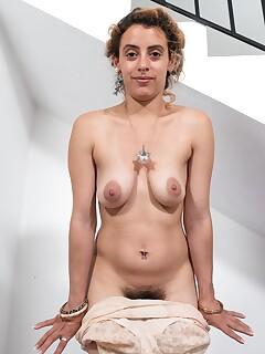 hairy girls undressing photos